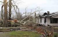 Последствия разрушительного торнадо в США. Погибли более 40 человек