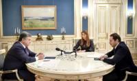 Порошенко: Мы не должны копировать пропагандистские методы страны-агрессора
