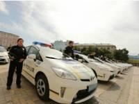 Чтобы остановить пьяную женщину за рулем, киевским полицейским пришлось прострелить ей колеса