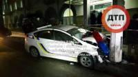 В погоне за разбойниками пострадали пятеро, разбиты две полицейские машины. Преступникам удалось скрыться