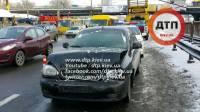 Обрыв проводов в Киеве спровоцировал крупную аварию