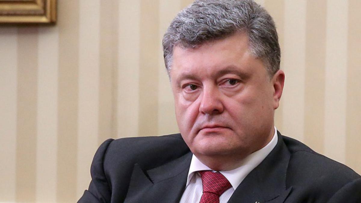 Порошенко проигнорировал убийство посла РФ, но посочувствовал немцам