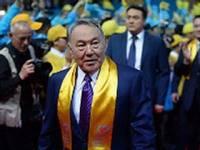 Назарбаев подтвердил Порошенко, что не собирается ограничивать торговлю с Украиной