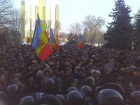 В столице Молдавии второй день продолжаются многотысячные митинги протеста