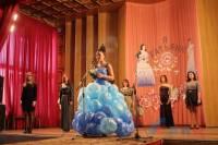 Конкурс красоты в «ЛНР»: платье из мусорных пакетов