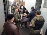 Боевики отдали украинской стороне 18 зеков, пожелавших сидеть на подконтрольной Киеву территории