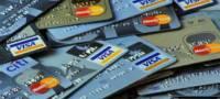 В Украине начали блокировать банковские карты из-за подозрительных доходов