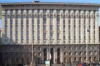 Более 100 столичных зданий – непригодны для проживания