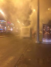В Харькове, едва заведясь, загорелась маршрутка, набитая пассажирами