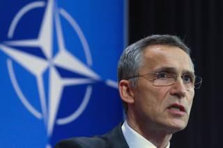 Столтенберг обвинил Россию в попытках расколоть НАТО