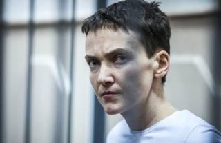 Украинских врачей до сих пор не пустили к Савченко