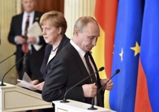 Путин лично пообещал Меркель вернуть Савченко на Украину после оглашения приговора /СМИ/