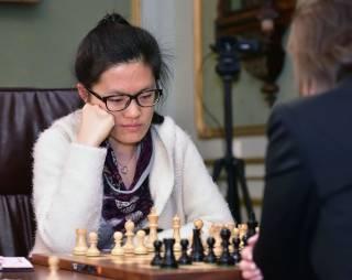 Китаянка отобрала мировую шахматную корону у украинки Музычук