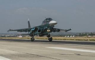 Первая группа российских самолетов покинула авиабазу в Сирию