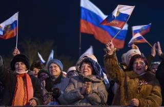 На митинге в Севастополе оккупанты проговорились о том, почему смогли аннексировать Крым