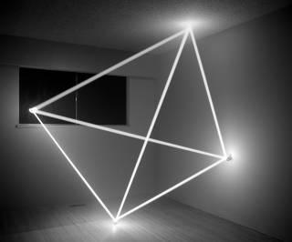 Канадский художник представил свое видение объектов между светом и звуком