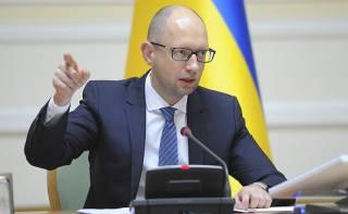 Яценюк надеется, что политический кризис в стране будет разрешен в ближайшее время