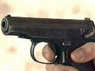 В Запорожье полицейский, сдавая табельное оружие, выстрелил в себя