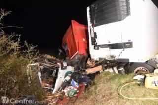Во Франции автобус врезался в грузовик, 12 погибших
