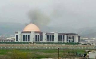 В Кабуле в здание парламента попала ракета