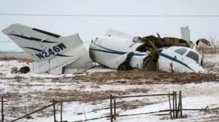 В Канаде в авиакатастрофе погиб экс-министр транспорта с семьей