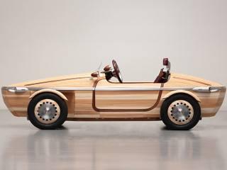 Toyota создала автомобиль с абсолютно деревянным кузовом