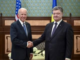 Порошенко и Байден призывают руководство РФ немедленно освободить Савченко
