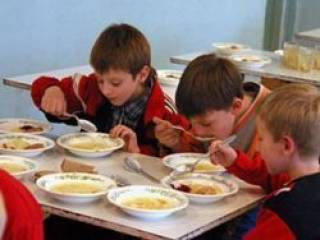 11 детей оказались на больничных койках после обеда в школьной столовой в Ивано-Франковской области