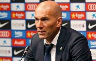 Наставник «Реала» снова порвал штаны на матче своей команды