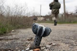 На Яворовском полигоне во время артиллерийских стрельб погиб военный. Еще двое ранены