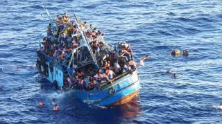 В Средиземном море спасли 800 мигрантов
