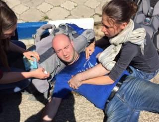 В Анапе «куча ряженых вместе с полицией» напали на Навального и сотрудников ФБК