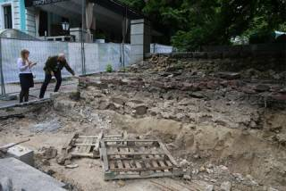 В центре Киева обнаружены остатки фундамента дворца Владимира Великого