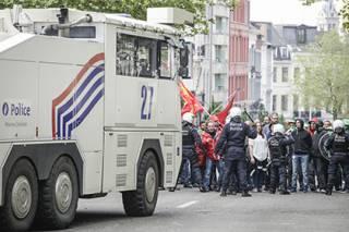 В Брюсселе вертухаи подрались с полицейскими