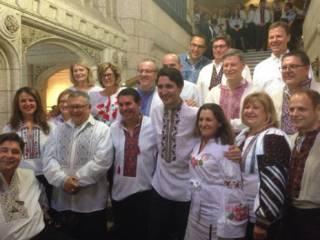 Впервые в истории канадский парламент и даже министры оделись в вышиванки