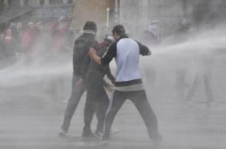 В Брюсселе полиция применила водометы против участников митинга