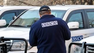 На Донбассе патруль миссии ОБСЕ попал под обстрел /Хуг/