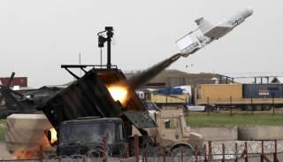 НАТО против Путина. Новый виток милитаристской истерии в РФ
