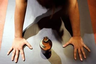 Ученые выяснили, что пиво спасает от болезни Альцгеймера. Правда, не уточнили, сколько его нужно выпить