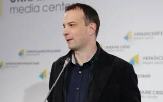 Соболев намекнул, что КСУ может признать неконституционным закон о люстрации