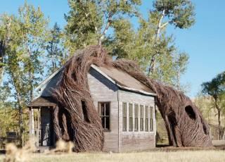 Перед вами один из самых необычных домов в мире