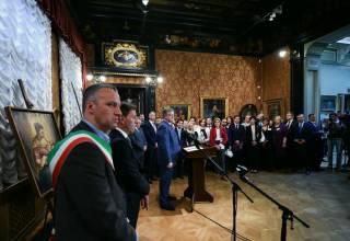 Порошенко стал почетным гражданином Вероны, а все украинцы могут бесплатно посетить местный музей. Если, конечно, получат визы