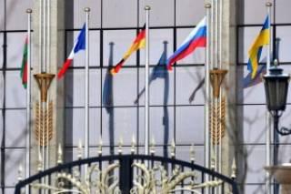 Сурков и замглавы АП встретятся в Минске, - источники
