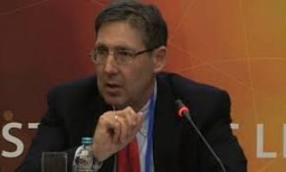 Экс-посол США похвалил Гройсмана за то, что он «поднял тарифы до рыночного уровня», несмотря на «давление популистских партий»