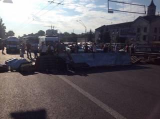Предприниматели перекрыли в Киеве проспект Победы