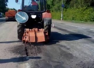 В «Укравтодоре» утверждают, что отремонтировали более 4 млн кв. м дорог