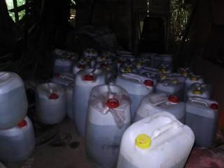 В Одесской области прикрыли подпольный водочный цех