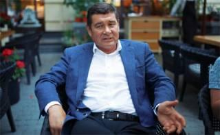 Онищенко покинул Украину