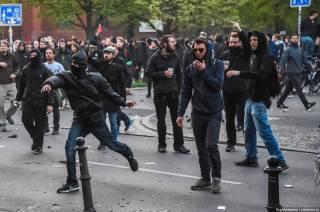 В Берлине начались столкновения с полицией