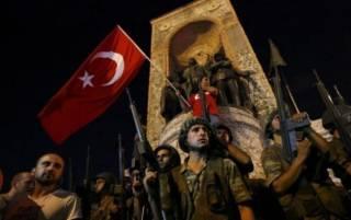 Турция потребовала от США выдать организатора переворота и заблокировала американскую военную базу